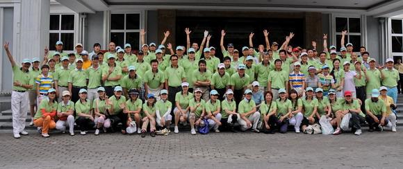 重庆/2010年全明星高尔夫重庆上邦公益慈善赛配对赛群星闪耀。